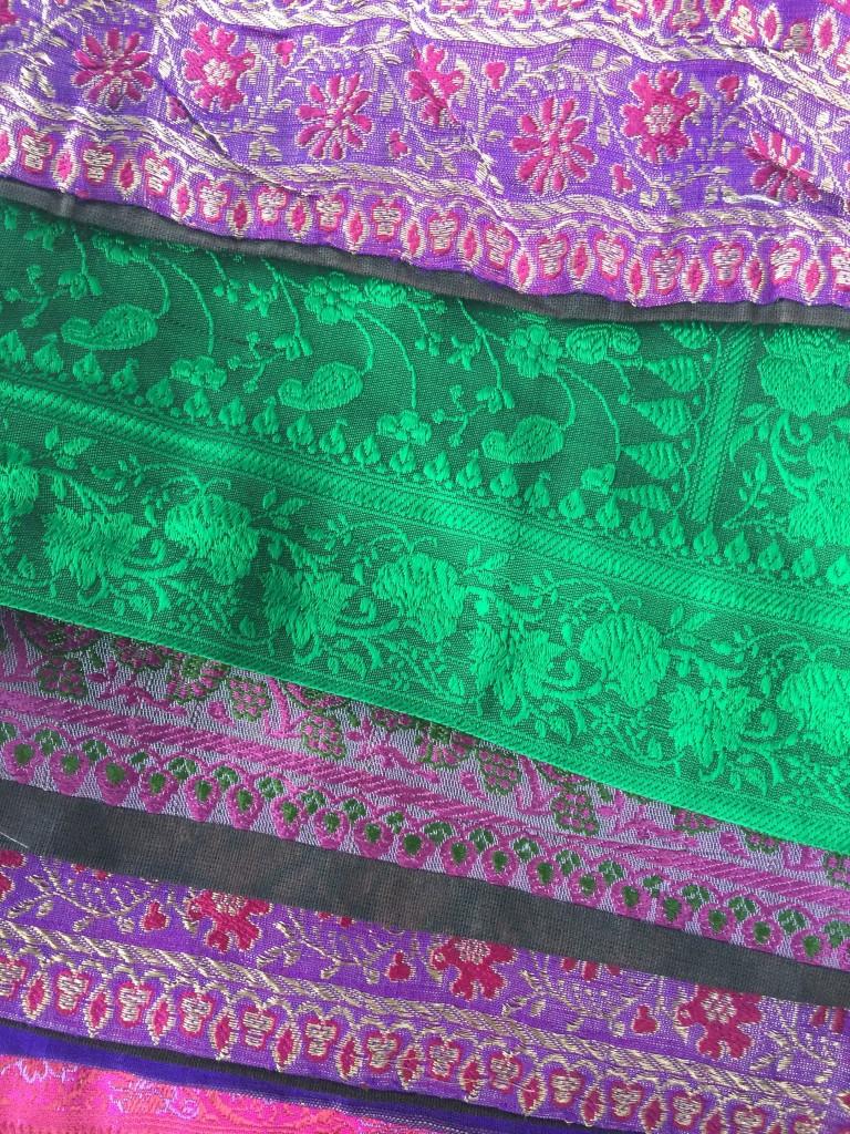 morrocan silk pillows3